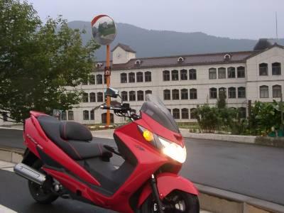 山間の集落であった素敵な校舎。