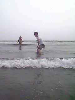 とりあえず海に浸かりますた