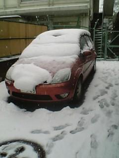 一般車は氷漬け