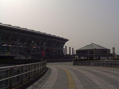 無人の競技場